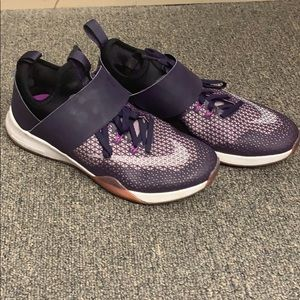 Purple Nike zoom sneakers good condition